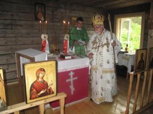 Metropoliit Stefanus ja preester Aabraham pärast kabeli pühitsemist